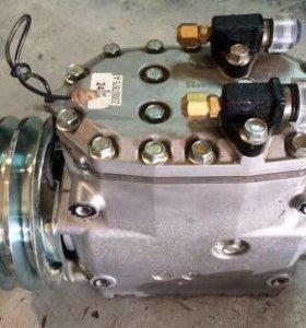 трехпоршневой компрессор на рефрижератор