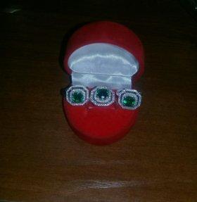 Комплект новый.Серьги и кольцо.Серебро