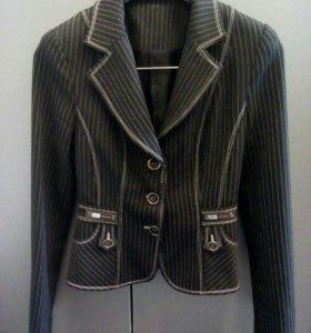 Пиджак на девушку
