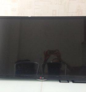 "Телевизор LG 32"" со smart tv (для интернета на тв)"