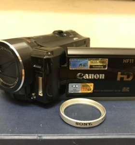 Видеокамера Canon HF 11