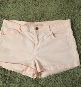 Светло-розовые шорты