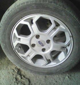 Диски с резиной R15. Колеса на форд 4х108