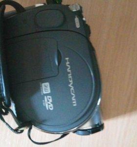 sony handycame DCR-DVD305E