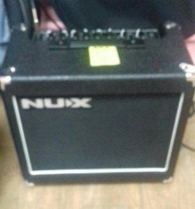 Комбо цифровой гитарный nux frontline15