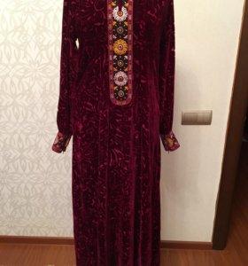 Красивое платье ( туркменское )
