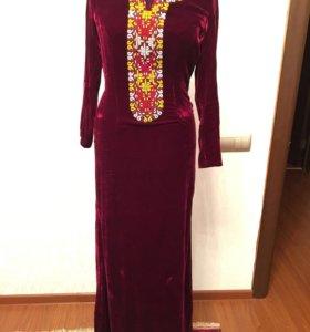 Красивое платье ( туркменское)