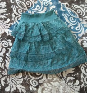 Игривая юбка с кружевом