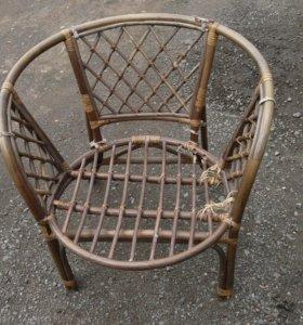 Кресло плетеное, ручная работа