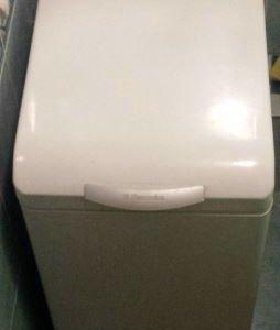 Стиральная машина Electrolux с вертик загр 1300 об