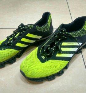 Спортивные кроссовки Adidas 43 размер