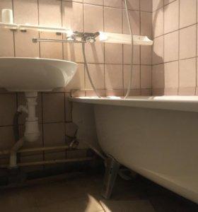 Раковина, унитаз и ванна