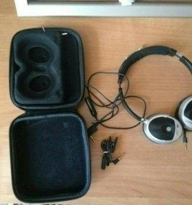 Bose On-ear Headphone