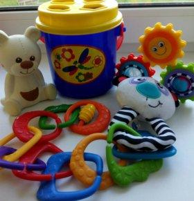 Развивающие игрушки в отличном состоянии