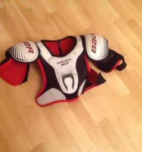 Защита груди bauer (10-12лет)