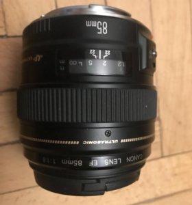 Объектив canon EF 85mm 1,8