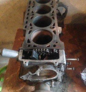 Двигатель карбюратор bmw m10