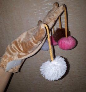 Перчатка для игр с кошкой
