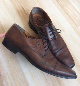 Туфли кожаные 44размер летние