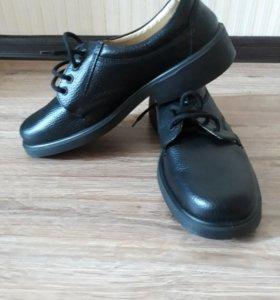 Туфли служебные новые