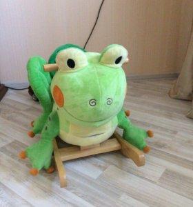 Качалка-лягушка, включается песенка из сказки