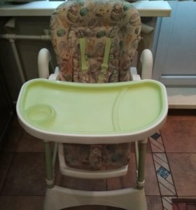 Детский стульчик для кормления.