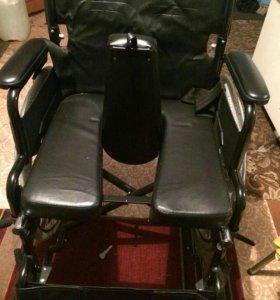 Кресло для инвалида 2 по цене 1