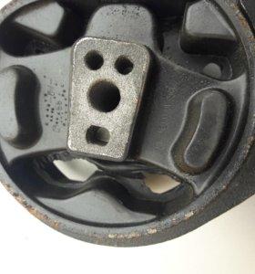 Опора двиготеля ваз 2108-15 передняя
