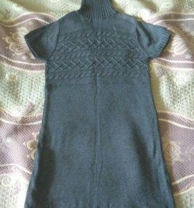 Платье теплое новое 46 размер