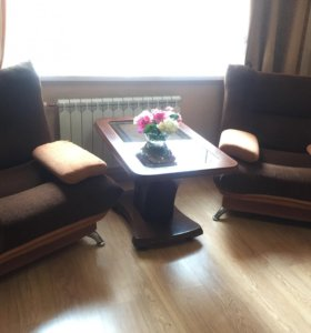 Два кресла и диван