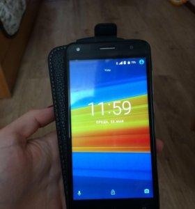 Смартфон DEXP IXION MS650