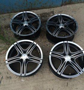 Продаю диски и шины R15 шины 185/65