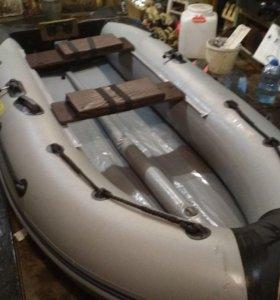 ПВХ лодка Адмирал 320 Sport