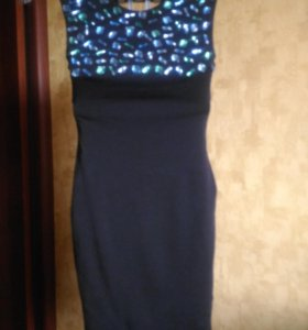 Платье вечерне( на выпускной)