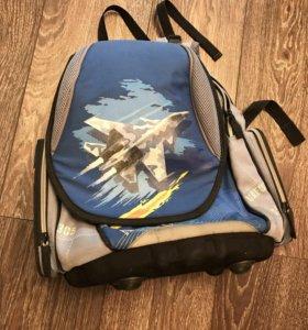 Школьный рюкзак с ортопедической спинкой. Торг!