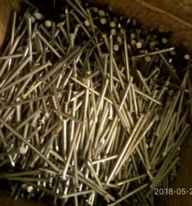 Гвозди 10 см -25 кг, 6 см - 25 кг по 1 250 руб.