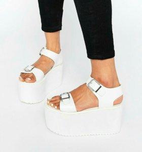 YRU сандалии , босоножки 36,5