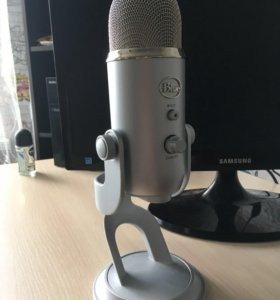 Микрофон Blue Yeti USB studio