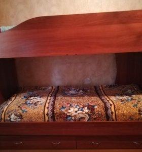 Продаётся двухъярусная кровать