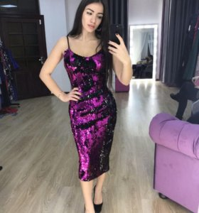 Платье с паетками .