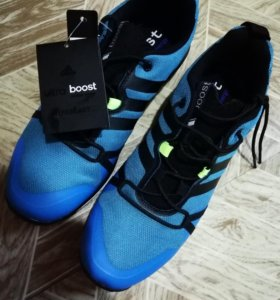 Кроссовки Adidas terrex