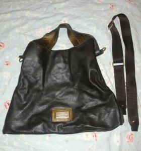 Новая сумка Valentino из натуральной кожи