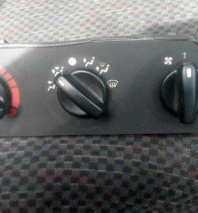 Блок управления отопителя Форд Мондэо1