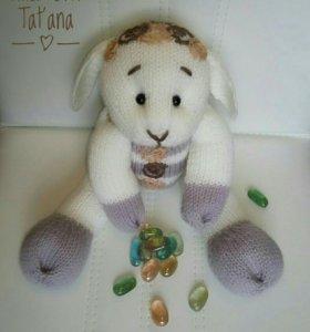 Милые игрушки (медведи,зайцы и пр.) ручной вязки