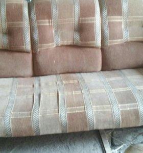 Продам диван +кресло Срочно