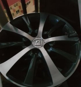 Продам литые диски r17, 2 шт