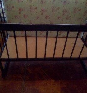 Кроватка матрасом