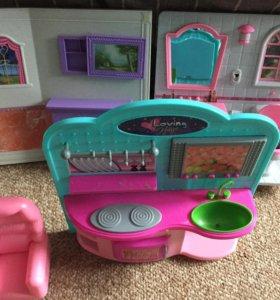 Игрушки + пакет игрушек для ванны и 3 комнатки