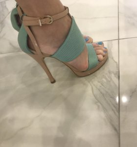 Женские босоножки на каблуке mascotte 36 р-р