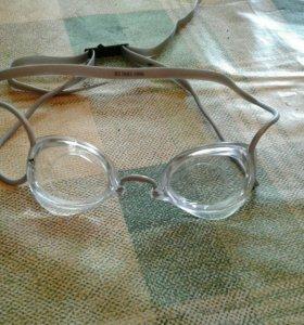 Стартовые очки для плавания